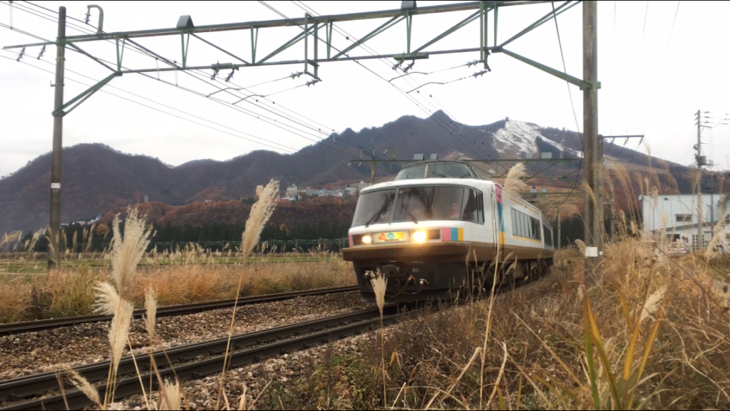 上越線の臨時列車「NO.DO.KAもぐら」