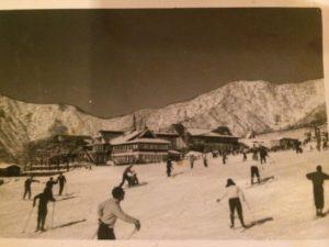 img 5594 300x225 - 真冬のスキーロッジ