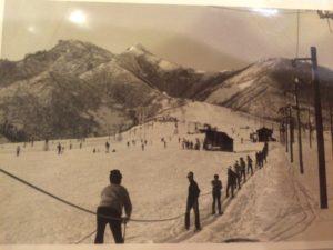 img 5597 300x225 - 岩原スキー場のスロープ