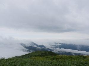 P1000323 300x225 - 湯沢町の山岳