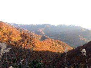 img 5091 300x225 - 湯沢町の紅葉の時期