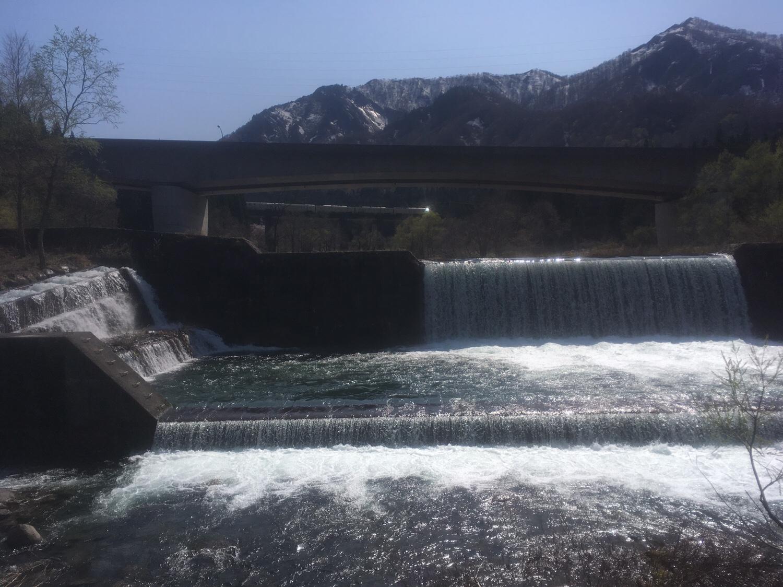 魚野川の源流「毛渡沢」